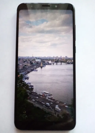 Продам Xiaomi Redmi 5 Plus 3/32