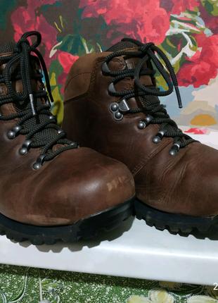 Трекинговые ботинки Berghaus Goretex 38