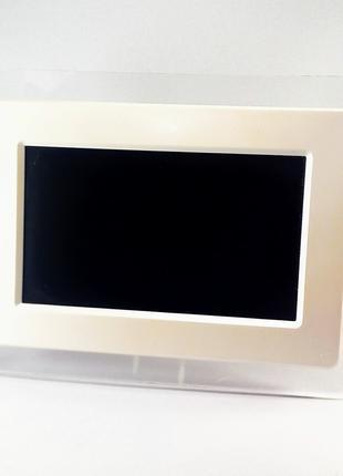Цифровая фоторамка Stein PRF70B-W