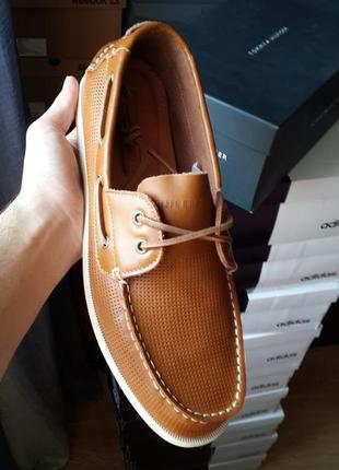 Tommy hilfiger  новые оригинал кожаные туфли