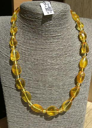 Изысканное янтарное ожерелье, бусы из светлого полированного я...