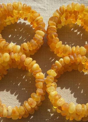 Янтарные многорядные лечебные браслеты