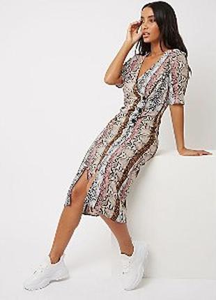 Трендовое платье миди из вискозы
