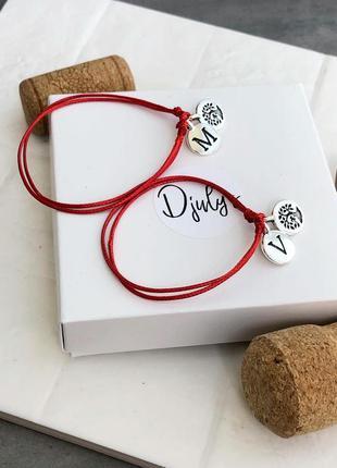 Парные браслеты красные ниточки