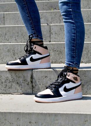 Кроссовки. Nike Air Jordan Retro