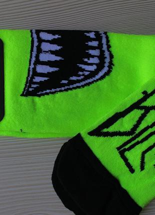Носки высокие яркие трендовые салатовые Билли Айлиш Billie Eilish