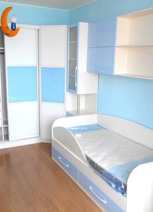 Комплект детской мебели на заказ. Кровать детская и шкаф купе