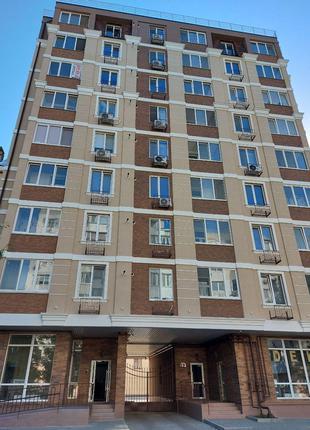 1-комнатная в новом 9-этажном доме на Запорожской/Б. Хмельницкого