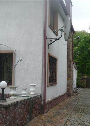 Дом в самом парке Львова
