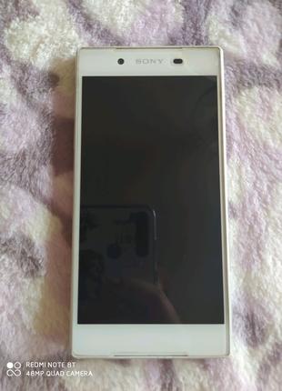 Телефон sony Xperia E6633