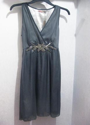 Платье saint tropez с бисером аппликация серое индия