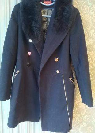 Зимнее шерстяное пальто с мехом кролика