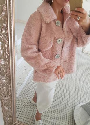 Меховая куртка оверсайз нежно-розовая пастельная из 100% меха ...