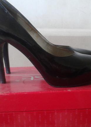 Туфли батильйоны с натуральной кожи 38 размер новые