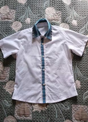 Нарядная рубашка для мальчика с вышивкой