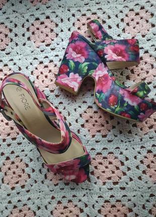 Новые женские босоножки # босоножки на платформе # в цветочный...