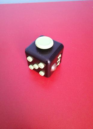 Фіджет куб