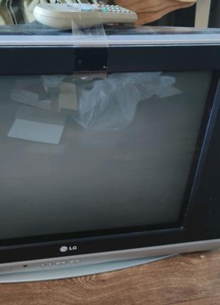 Продам телевизор LG (пульт есть) + Антена + TV тюнер