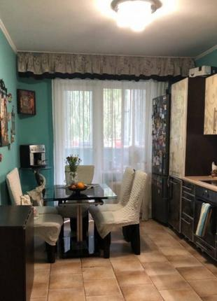 Продаётся 3х комнатная квартира на Добровольского