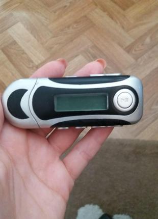 MP3 плеер с дисплеем и радио