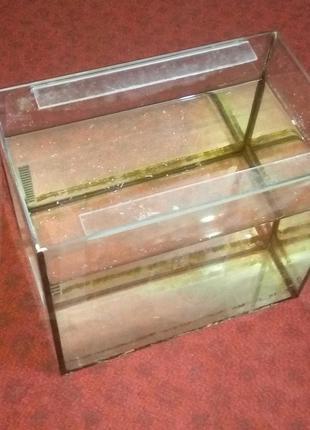 Аквариум на 30 л Габариты 40см - 24.5см - 35 см Толщина Стекла 4м