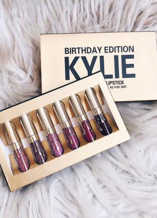 Набор матовых помад от Kylie