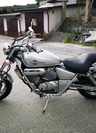 Honda magna 250