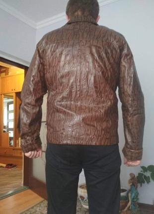 Нова шкіряна куртка лазерна обробка розмір 50-52