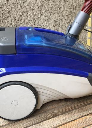 Пылесос Thomas Twin TT + в подарок средства для влажной уборки