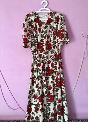 Красивое платье большой размер цветочный принт маки