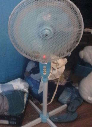Вентилятор хорошие состояние