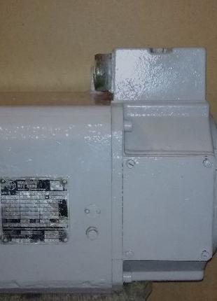 Электродвигатель постоянного тока HG112C.
