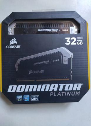 Память Corsair 32 GB (4x8GB) DDR4 3000 MHz Dominator Platinum