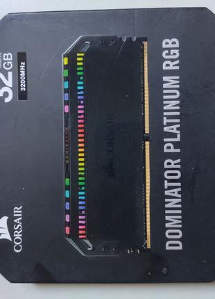 Память Corsair 32 GB (2x16GB) DDR4 3200 MHz Dominator Platinum...