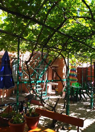 Номера, комнаты, домики, жилье возле моря Бердянск, район Лиски