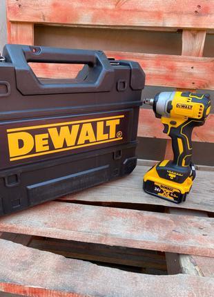 Аккумуляторный гайковерт DeWalt DCF 890