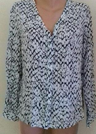 Вискозная блуза -рубашка с принтом