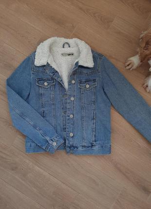 Джинсовая куртка + подарок жилетка и кофта ( на странице) до 0...