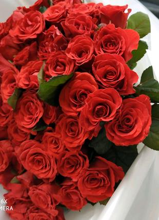 Букеты и композиции из самых свежих цветов!
