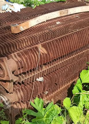 Чугунные радиаторы для отопления теплицы, сушки древесины, гаража