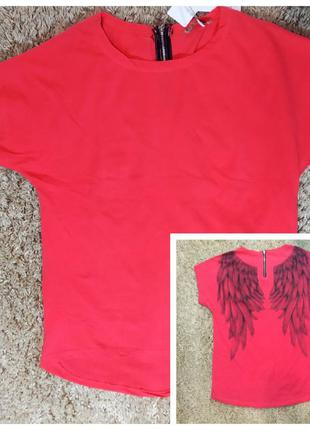 Женская футболка оверсайз с крыльями