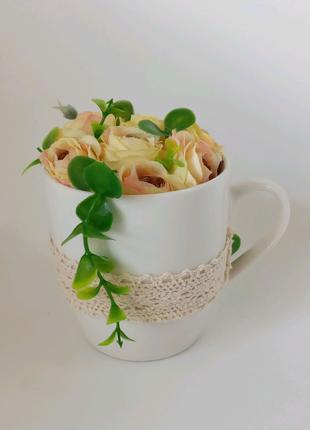 Декор, кружка з квітами