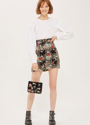 Стильная цветочная юбка мини с оборкой на талии topshop