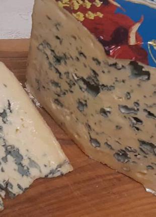 Сыр Блю Доверн с голубой плесенью