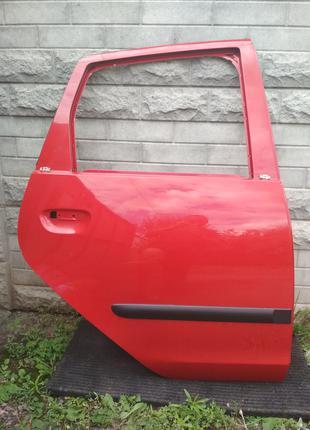 Задняя правая дверь Mitsubishi Colt CZ