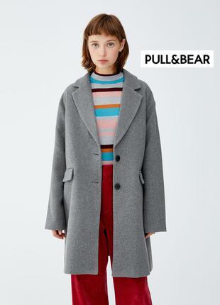 Стильное демисезонное оверсайз пальто pull&bear