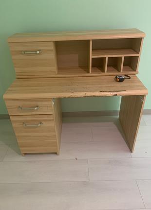 Письменный стол + полка