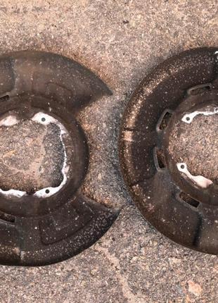 Щиток тормозного диска BMW X5, X6