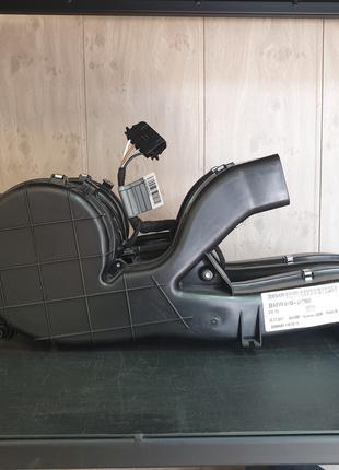 Электродвигатель вентилятора с кожухом BMW X5 E70
