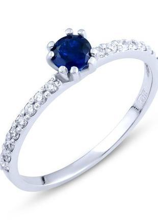 Золотое кольцо с сапфиром, фианитами